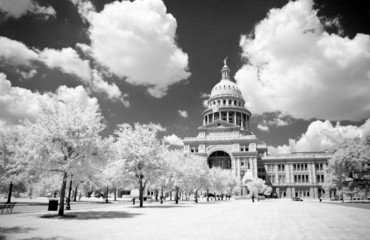 texas state capital building in infrared