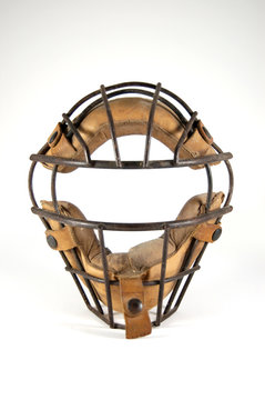 catcher's mask with history