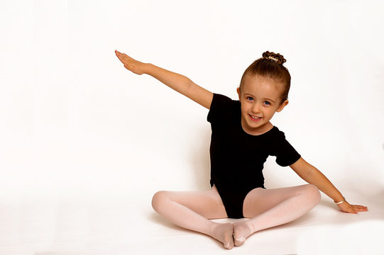 little girl ballerina