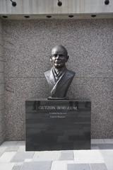 gutzon borglum - mount rushmore national memorial