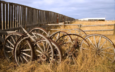 rustic wagon wheels