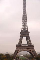 Poster de jardin Rouge, noir, blanc eiffel tower