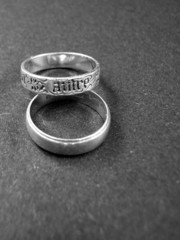 rings in black and white