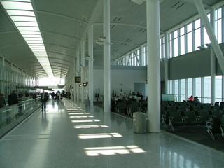 kanada montreal flughafen wartehalle