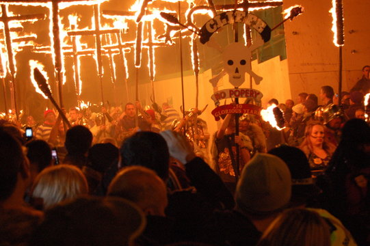 lewes guy fawkes night