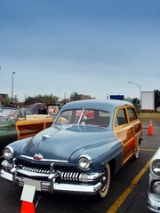 Fototapete - classic american woody wagon car