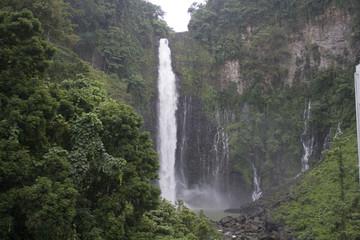 maria cristina waterfalls