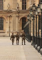 paris - security
