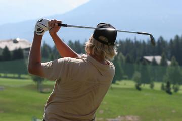 man golf swing in crans-montana