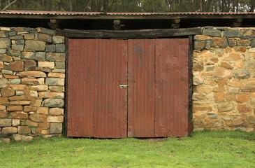 red farms door