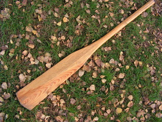 oar on a green grass