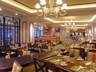 luxury hotel restaurant 3