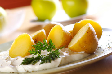 boiled potato with curd