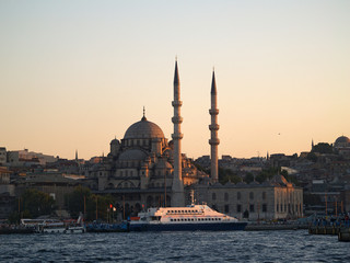 mezquita nueva al atardecer, estambul