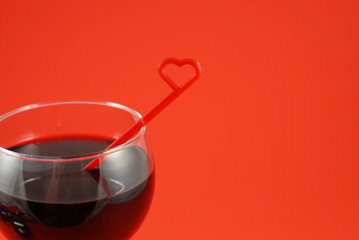red wine with heart