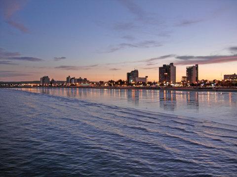 puerto madryn sunset