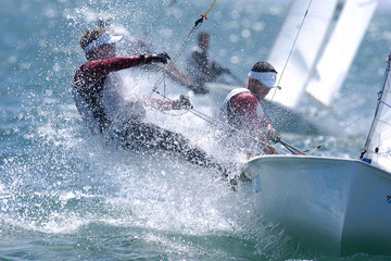 Photo sur Plexiglas Voile sailing man 004