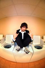 laundrymat sit