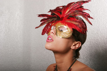 pretty woman in mask