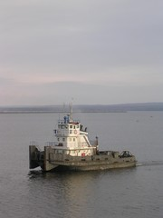 river`s towboat