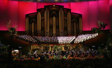 tabernacle choir (red)
