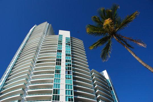 luxurious apartment units in south beach, florida