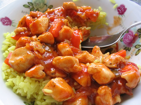 sweet chicken with yellow rice