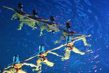 synchronous swiming