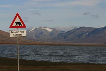 warnung vor eisbären