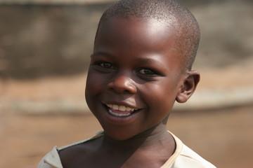portrait d'enfant ougandais