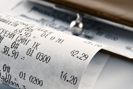 cash receipt illustrating the spent money