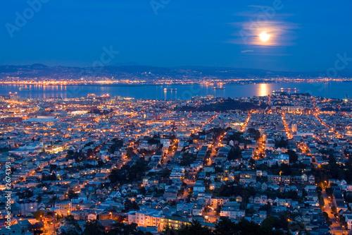 Fotobehang full moon rising over san francisco