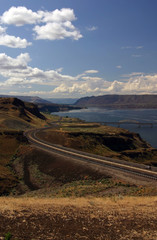 higway near columbia river