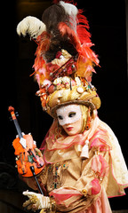 masques carnaval d'annecy 4