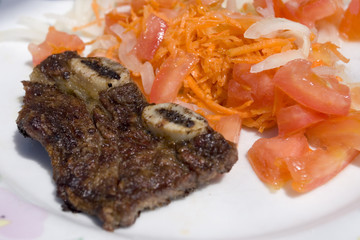 argentinian meat with salad