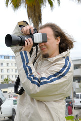 the paparazzi working at venice beach