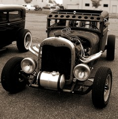 Fototapete - Model A Coupe Ratrod In Sepia