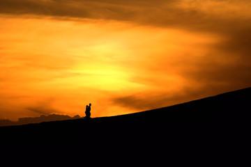 cielo de fuego, puesta de sol