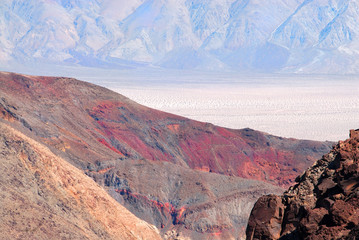 the spectacular contrast of color at death valley national park