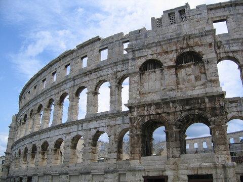 amphitheater von pula