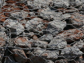 rock and wire mesh