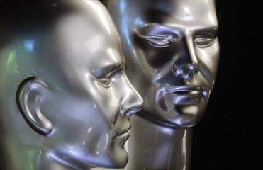 deux têtes de robots sur fond noir