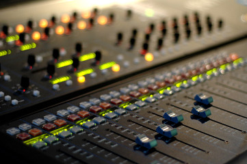plan large console mixage son