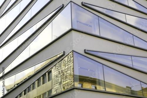 Moderne fenster fassade  moderne fenster fassade - corner view