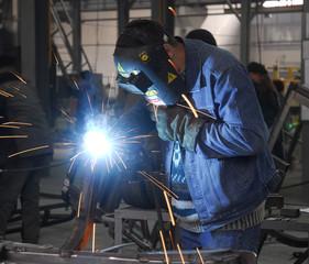 welding operator 2