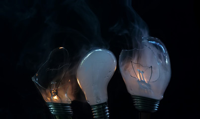 picture of a smoking bulb