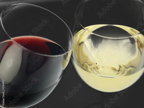 wei wein und rot wein glas stockfotos und lizenzfreie bilder auf bild 3164515. Black Bedroom Furniture Sets. Home Design Ideas
