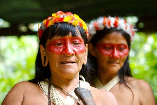 two indian women