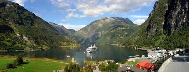 Fototapeten Skandinavien geiranger panorama