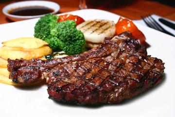 t-bone steak - fototapety na wymiar